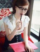 黑框眼镜美女秘书的诱惑