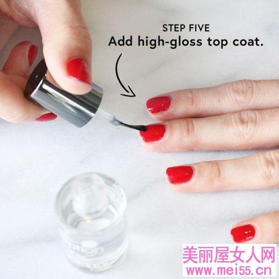时刻保持精致 简单5步补救指尖掉色